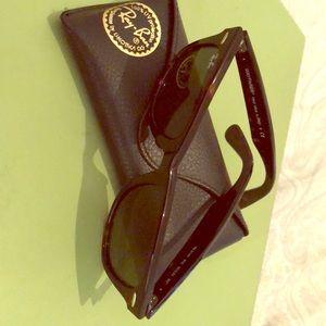 RayBan- Wayfarer Sunglasses